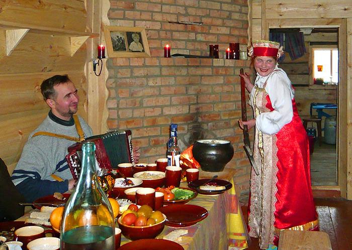 Русское застолье и гармонь