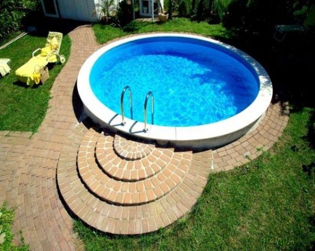 Бассейн в жилом доме - роскошно и практично!