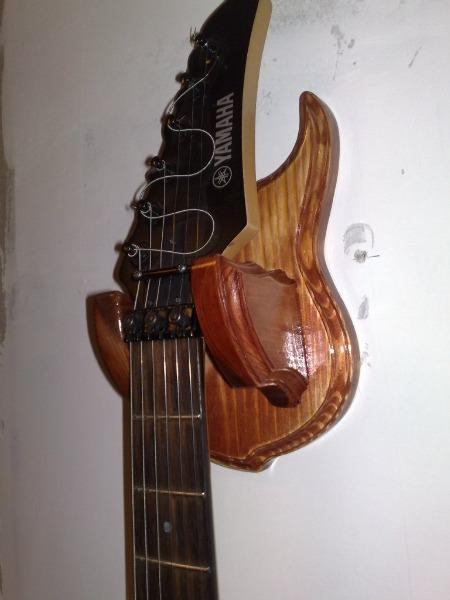 Как сделать своими руками подставку для гитары