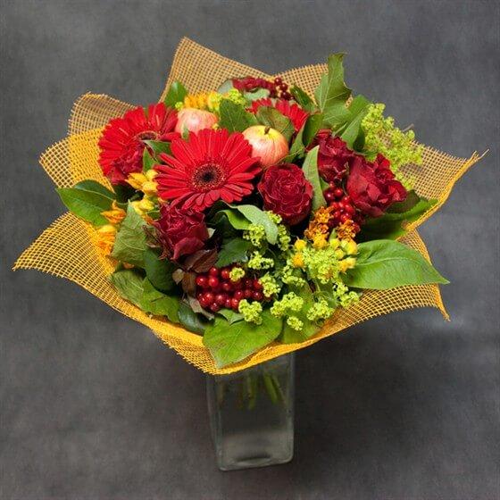 Букеты из домашних цветов своими руками фото 11