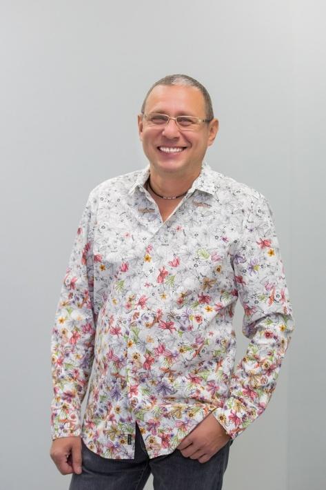 Главный врач Международного центра имплантологии iDent Михаил Тодер