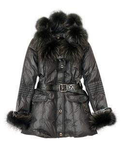 11. Женская пуховая куртка DLF, капюшон и рукава оторочены мехом.