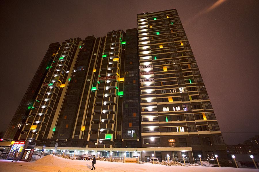 ЖК «Европейский» — индивидуальный и яркий проект, который объединил в себе новый стандарт высотной архитектуры и современные технологии в строительстве. ЖК «Европейский» радует взгляд прохожих днем и ночью.