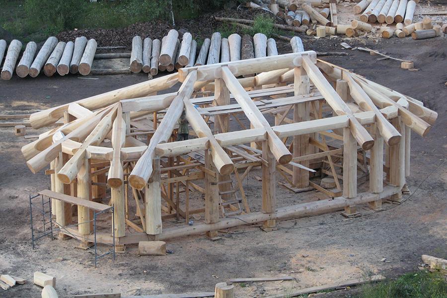 Дом из вертикальных бревен своими руками