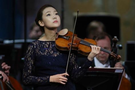 Скрипачка-вундеркинд сыграет на скрипке Страдивари на Транссибирском Арт-Фестивале