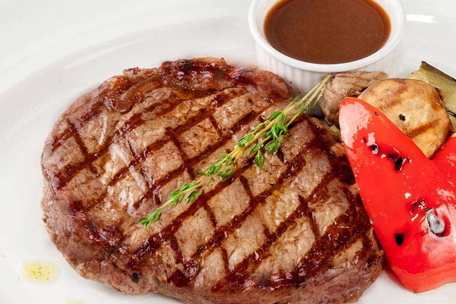 стейк из мраморной говядины рецепт на гриле