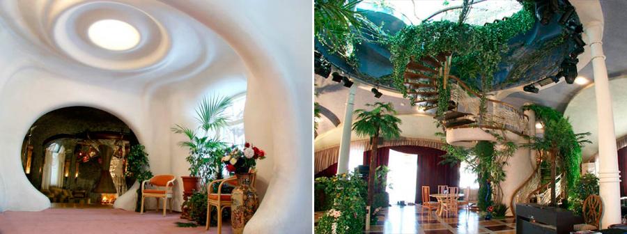 В 2007 году этот дом в духе Гауди и Хундертвассера, в котором почти нет прямых линий, а комнаты похожи на гроты и пещеры, получил премию конкурса «Золотая капитель». Он построен в Бурмистрово по проекту архитектора Александра Миняйленко. Венчает дом стеклянный купол, где расположена увитая зеленью обзорная площадка.