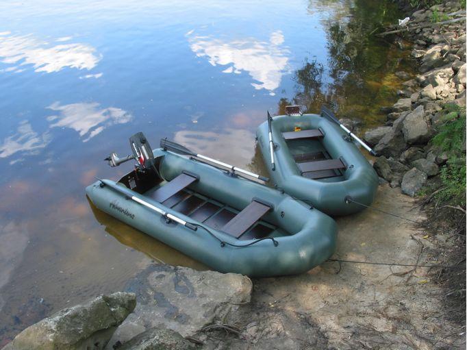 лодка чтобы двух рыбаков