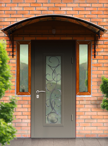 входные двери с загородный дом с ковкой