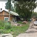 Определённый под снос ветхий дом на ул. Арктическая, 1«а»