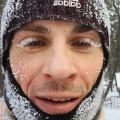 Снег и грех: 12 самых откровенных, милых и трогательных фото сибиряков, которые рады зиме