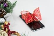 Айфоны против ипотеки: что мешает вам накопить на квартиру