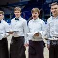 Хоккеисты Владислав Наумов, Александр Шаров, Семен Иванов и Андрей Ермаков поработали официантами на вечеринке