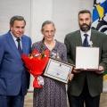 Губернатор вручилБарановым орден «Родительская слава» — новосибирцы получили его впервые