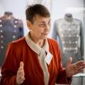 Смотрители музеев, как правило, —молодые пенсионеры