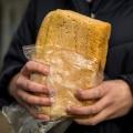 Россияне стали чаще отказываться от хлеба в пользу картошки и круп