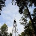 Высота вышки составляет около 30 метров