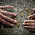 Новосибирцы считают бедными тех, у кого ежемесячный доход на человека ниже 18 тыс. руб.