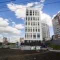 Здание насосной станции расположено на пересечении Ипподромской и Якушева