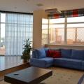 Большие дорогие квартиры стали ещё дороже за год, а дешёвые — дешевле