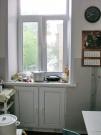 ПВХ хрущёвский холодильник под окном.
