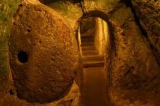 Подземные города Деринкую и Каймаклы (Derinkuyu и Kaymaklı)