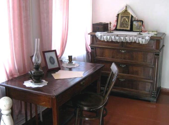 Экспозиция в доме. Фото:   excursovod-web.ru