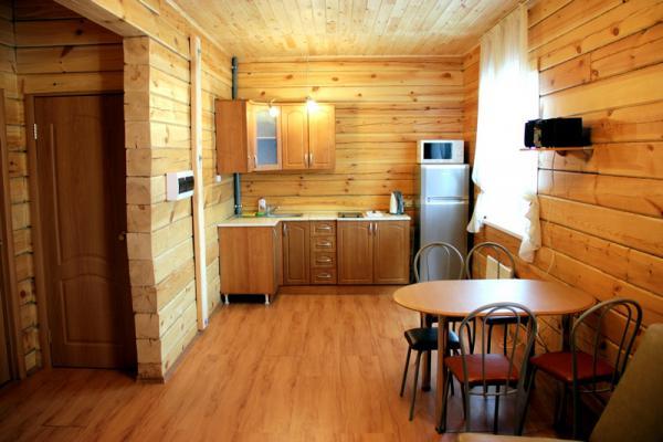 Гостиная в коттедже. Фото: mana24.ru