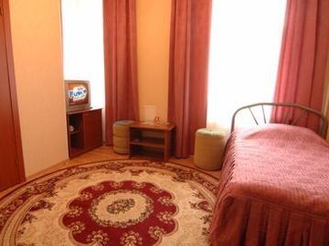 Номер 1-й категории   www.hotel-laletin.ru
