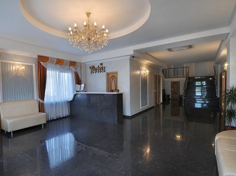 Холл отеля. Фото: www.onix-hotels.ru