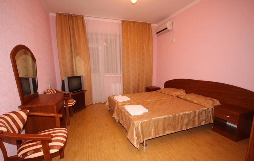 Спальня. Люкс. Фото: www.garmonia-sochi.ru