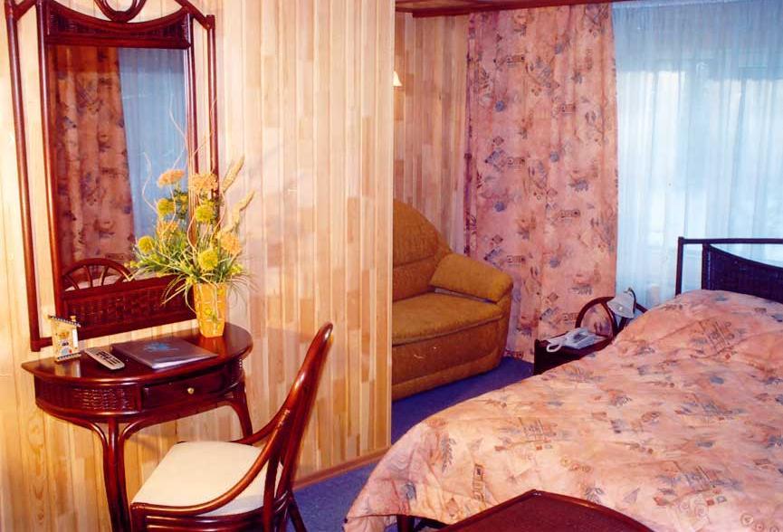 Номер ''Люкс'' в гостиничном корпусе   enkhaluk.ru