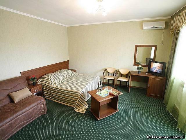 Интерьер номера, 2-й корпус. Фото: hotei-more.ucoz.ru