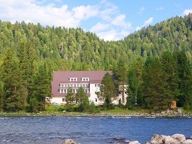 Гостиница «Артыбаш». Фото: artybash.com