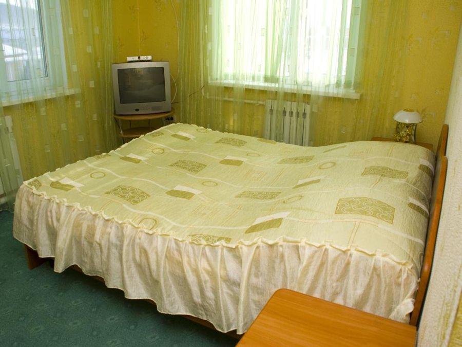 Интерьер номера, 1 корпус. Фото: www.gorakorona.ru