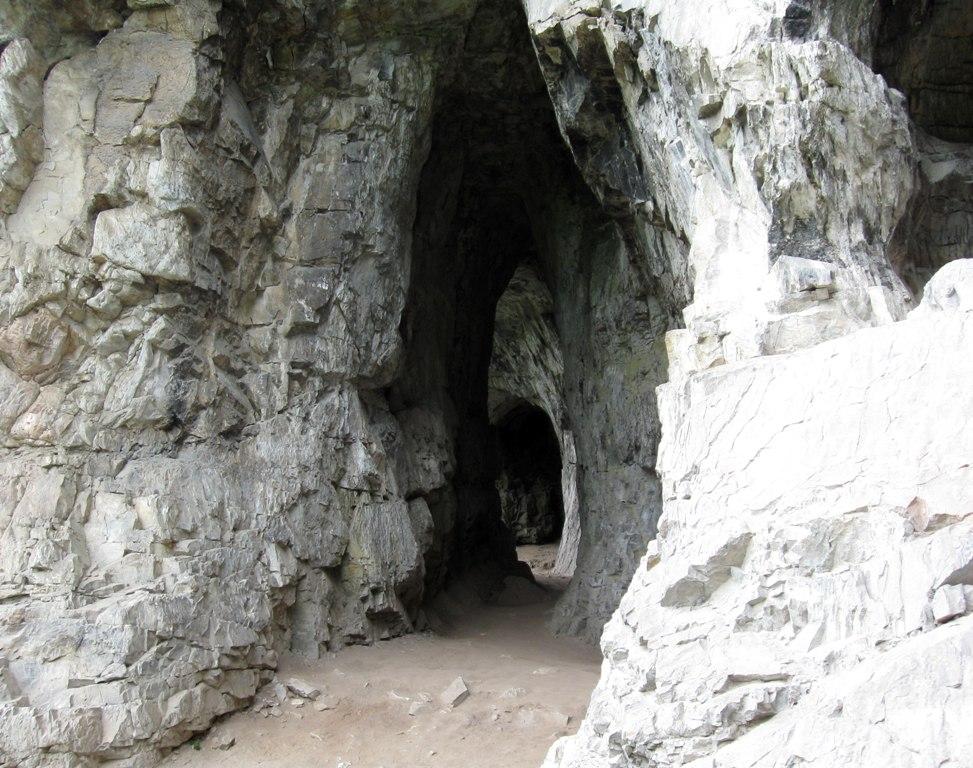Тавдинские пещеры. Вход.