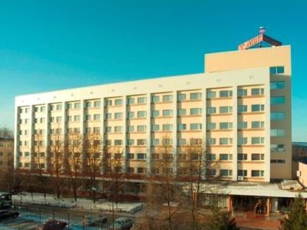 Фасад здания гостиницы. Фото: tomskhotel.ru