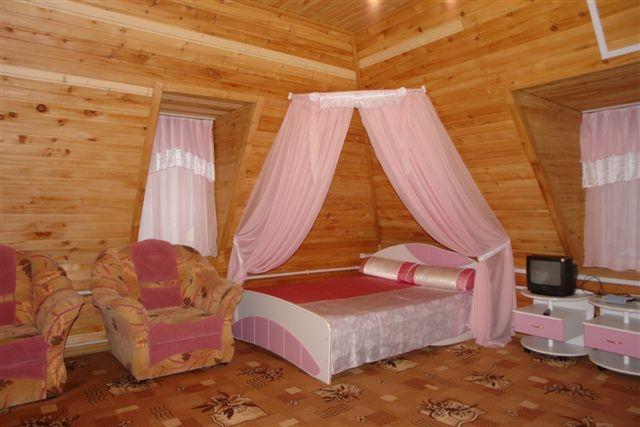 VIP номер в корпусе «Виктория». Фото: www.teleckoe.ru