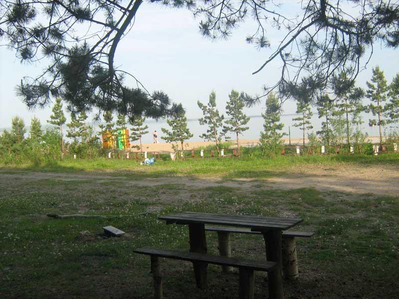 Вид на пляж. Фото: www.azimut54.ru