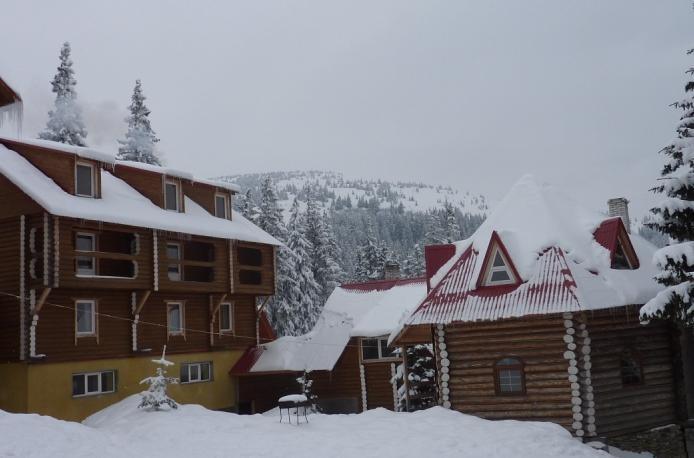 Внешний вид отеля. Фото: zorepadhotel.com.ua