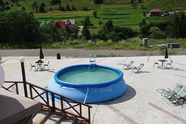 Летний бассейн