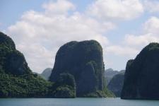 Бухта Халонг (Vịnh Hạ Long)