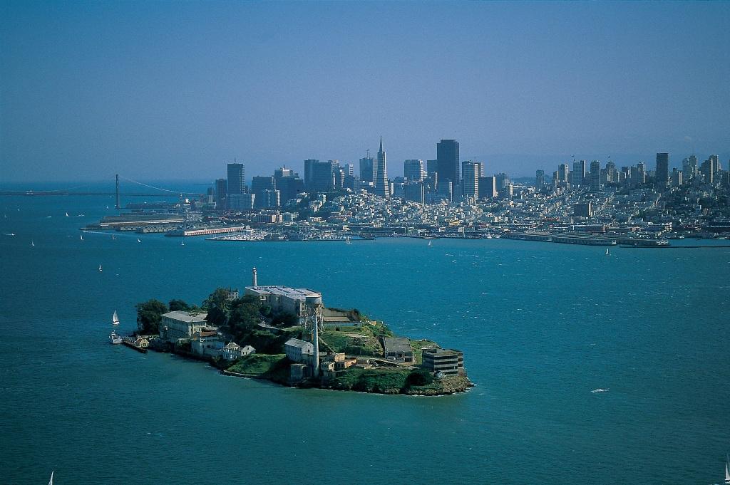 Вид на Сан Франциско. Фото с сайта tonkosti.ru