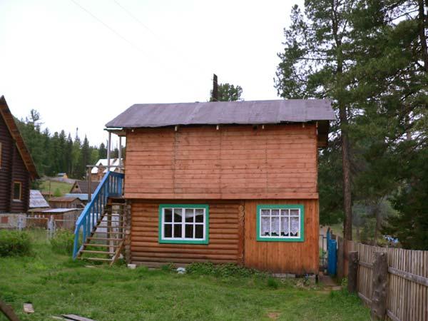 Двухэтажный домик. Фото: www.turistka.ru