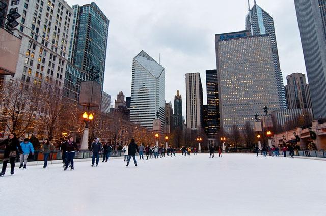 Каток в парке Миллениум. Фото с сайта www.americancities.ru