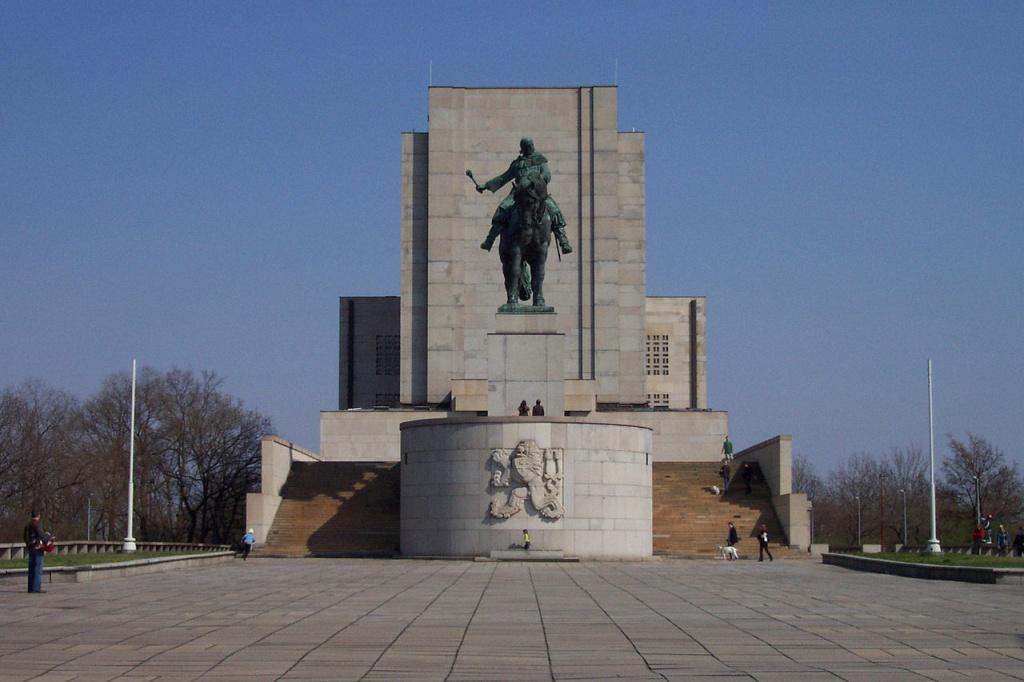 Национальный памятник на Виткове. Автор: Aktron. Фото:  commons.wikimedia.org