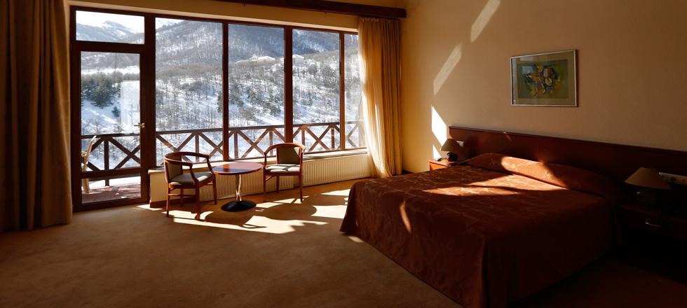 Фото: www.arthurs-hotel.am