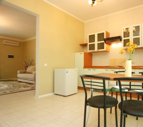 «Люкс», гостиница. Фото: katran-hotel.com.ua