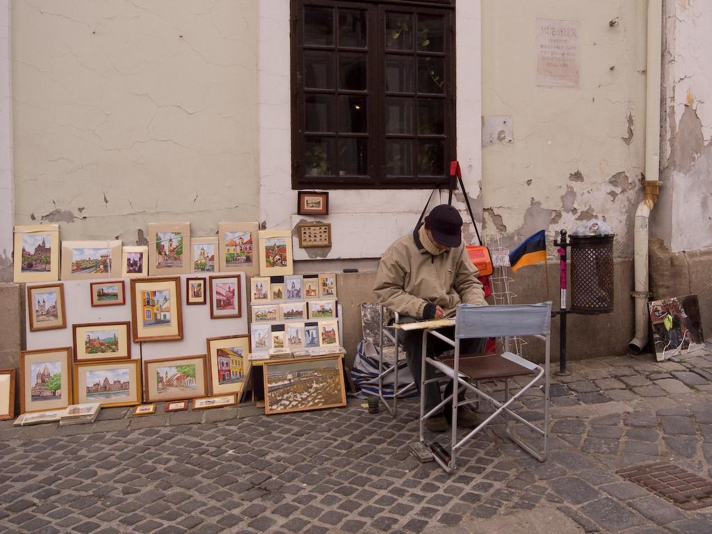 Уличная торговля. Автор: hanspoldoja. Фото:  www.flickr.com