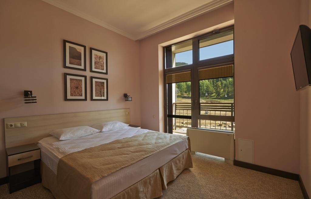 Интерьер номера в отеле «Романтик-1». Фото: hotelromantik.ru